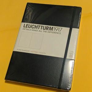 Leuchtturm1917 Dotted Notebook in Navy Blue
